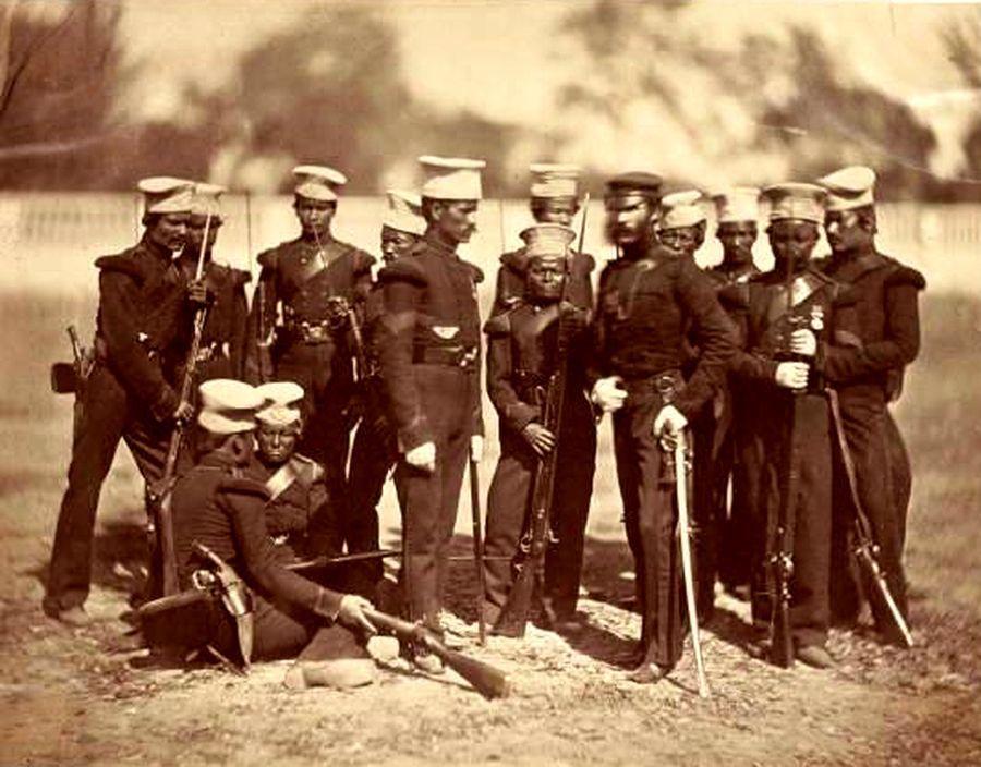 Самая ранняя известная фотография гуркхов (Муссорский батальон) около 1858 года - Кто такие гуркхи | Военно-исторический портал Warspot.ru
