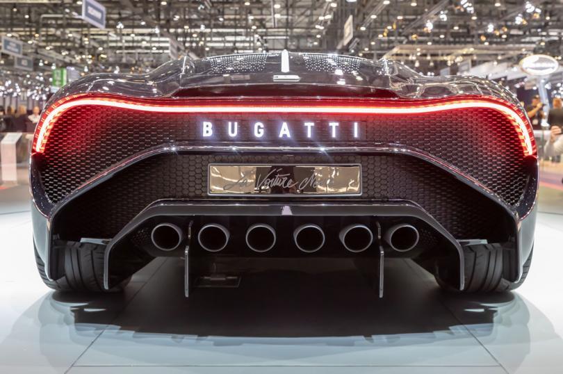 bugatti.com
