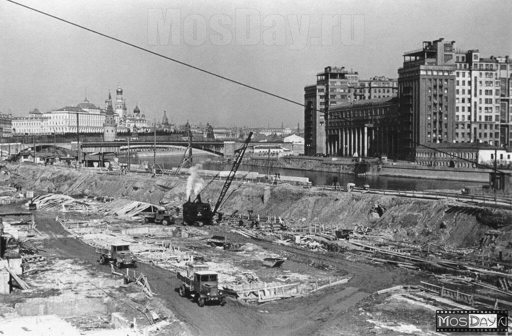 Строительство Дворца Советов