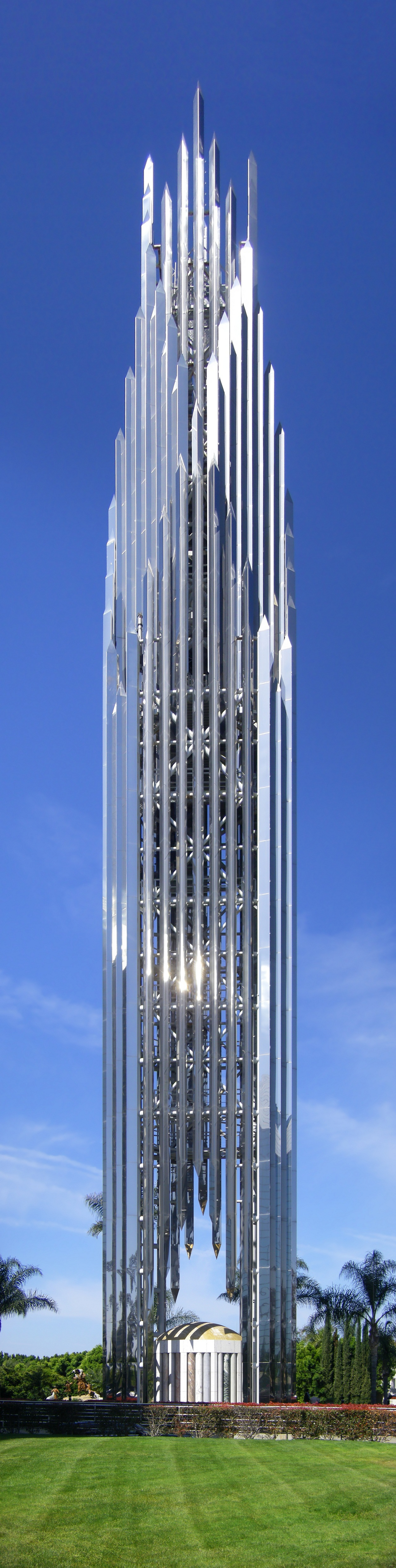 The spire of the Crystal Cathedral, Garden Grove (Anaheim, Los Angeles). Composite image from 5 individual images. (C) 2009 [http://commons.wikimedia.org/wiki/User:Wattewyl Wikimedia user