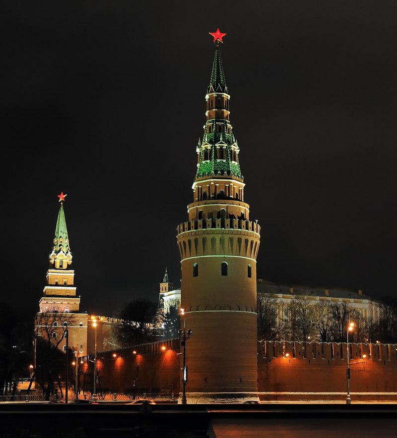 Первые Кремлёвские Звёзды