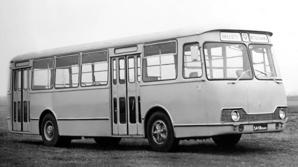 ЛиАЗ 677 предсерийный