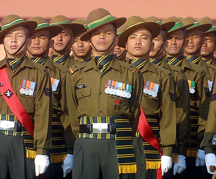 Гуркхи индийской армии в парадном строю - Кто такие гуркхи | Военно-исторический портал Warspot.ru