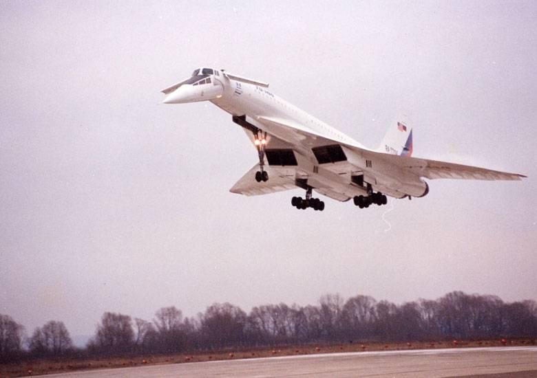 Ту-144. А так ли была проиграна битва за сверхзвук?