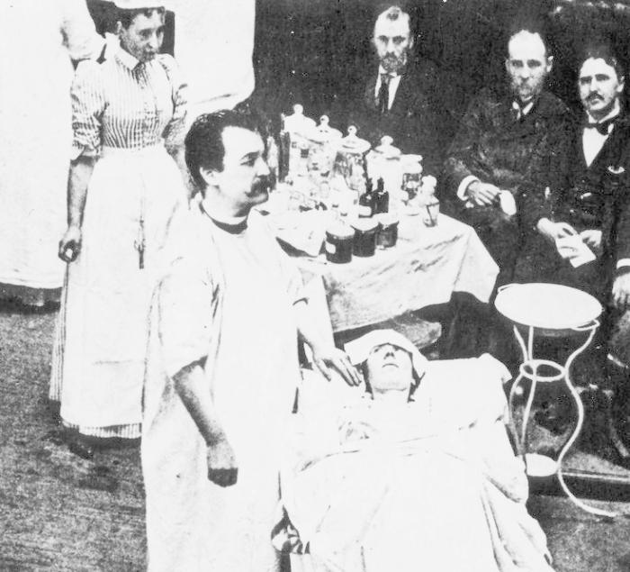 Николас Сенн: врач, который вдувал водород в анальные отверстия своих пациентов