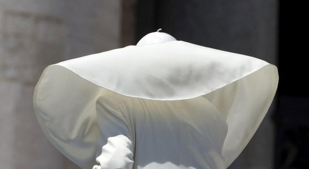 Франциск на на площади Святого Петра в Ватикане