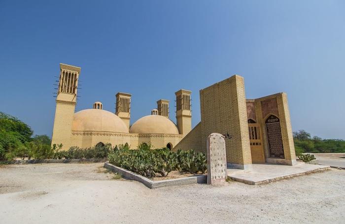 Историческая Цистерна (водохранилище) охлаждается до 0°C с помощью бадгиров. | Фото: fishki.net.