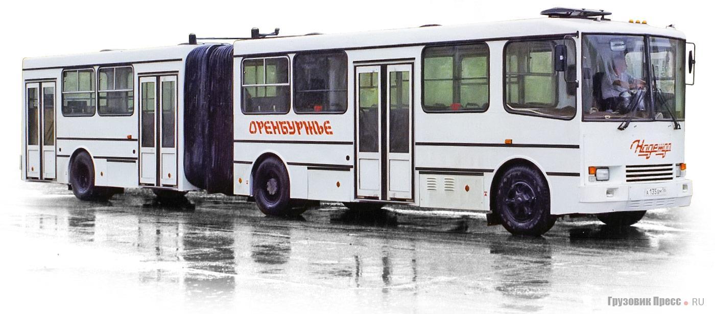 Сочленённый автобус САРМАТ-6221