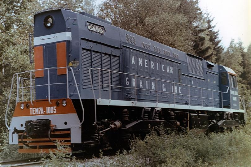 Тепловоз ТЭМ7А-1005 компании AMERICAN GRAIN & INC. Источник фото: trainpix.org