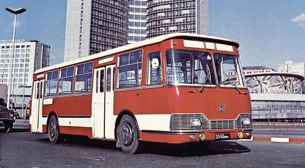 ЛиАЗ 677Э