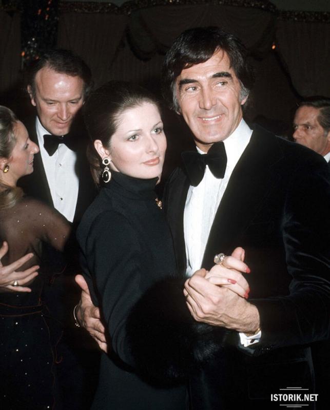 Джон Делореан со своей женой.