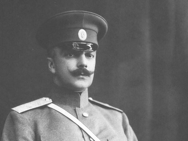 «Он сумасшедший»: за что казнили последнего главу МВД империи