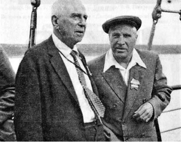 С.А. Лефшец и Л.С. Понтрягин на математическом конгрессе в Эдинбурге. 1958 г.