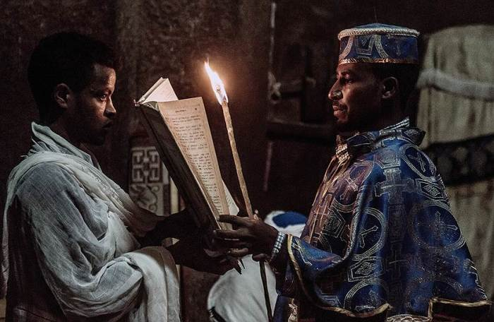 Эфиопский батюшка. /Фото:kommersant.ru