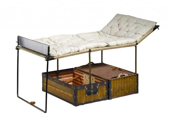 Чемодан-кровать для путешественника Пьера Саворньяна де Бразза. / Фото: billionnews.ru