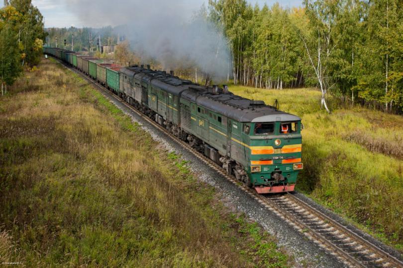 Легко ли локомотивной бригаде водить поезда?