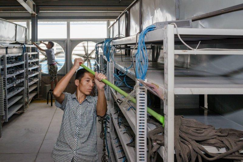 Как устроена одна из крупнейших биткоин-ферм в мире