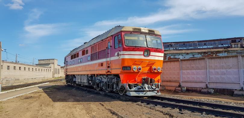 Пассажирский тепловоз ТЭП70 в депо Бологое ТЧЭ-4. Фото: Алексей Алексеев