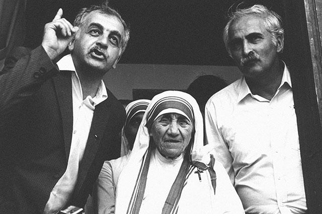 Звиад Гамсахурдиа, Мать Тереза и грузинский диссидент, музыкант и поэт Мераб Костава. 1989 г. Фото: РИА Новости/ Нино Мелия