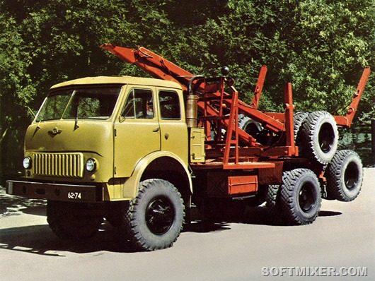 Новинка советского автопрома — полноприводный лесовоз МАЗ-509. В случае движения порожняком была предусмотрена возможность размещения прицепа-роспуска на шасси автомобиля.