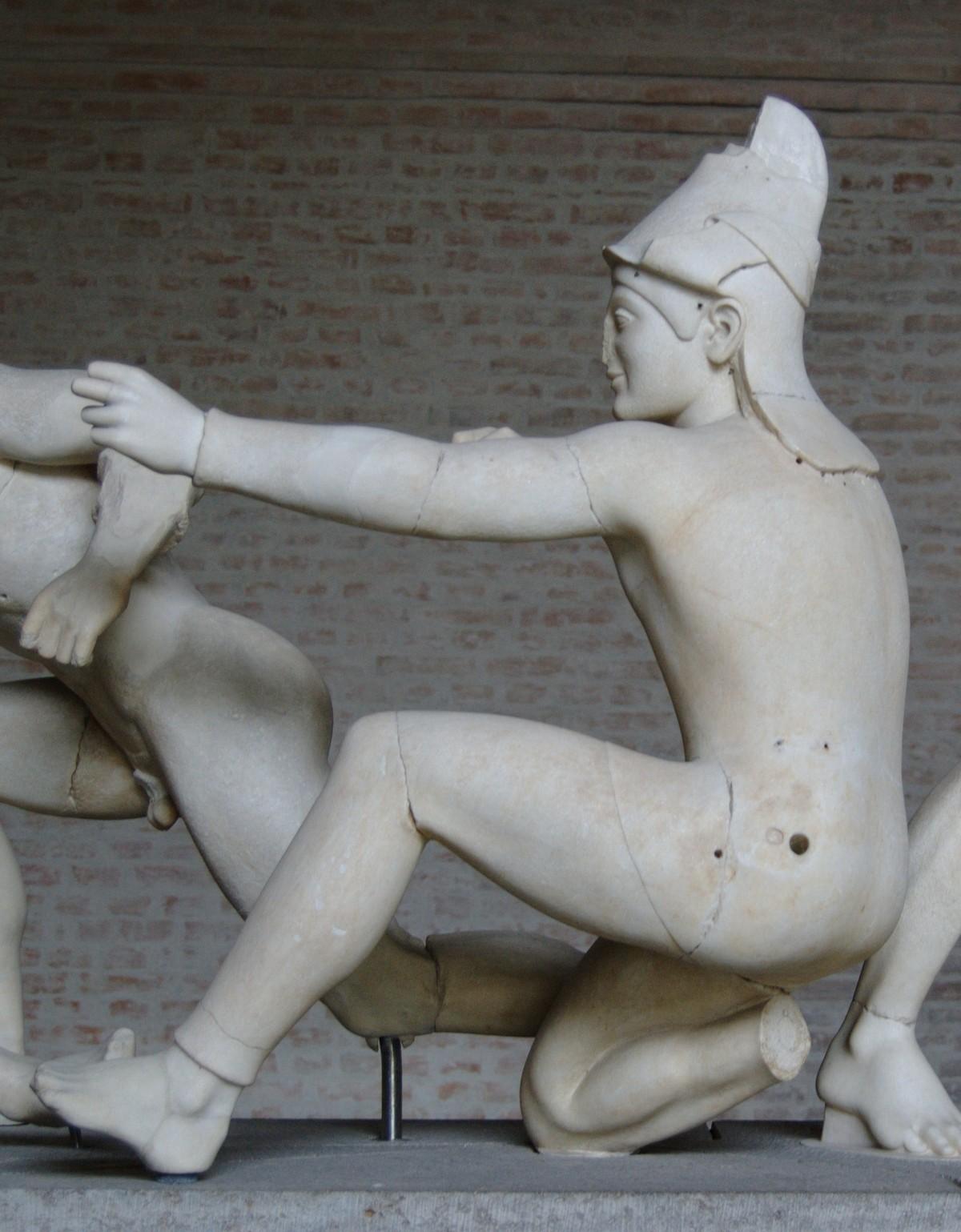 Как на самом деле выглядели древнегреческие статуи 1