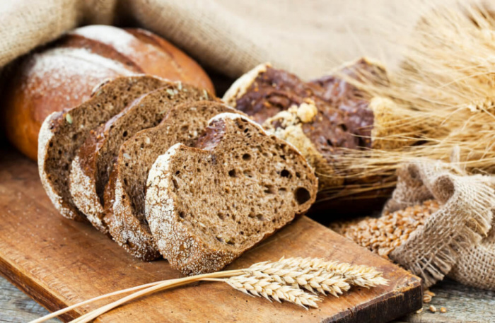 Свежайший хлеб / Фото: zhiteiskiesovety.ru
