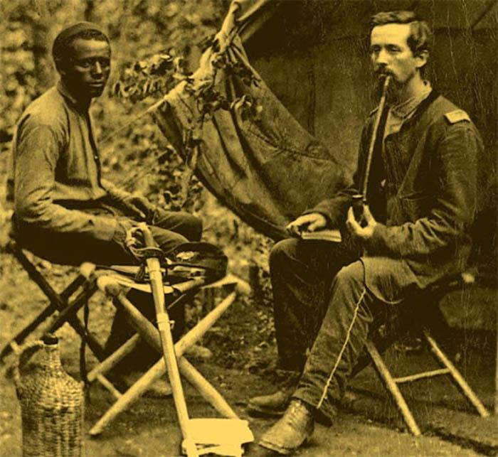 Юг в основном воевал за сохранение института рабства.