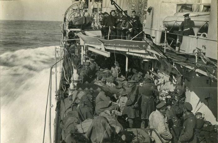 Эвакуация, 1920. /Фото: ic.pics.livejournal.com