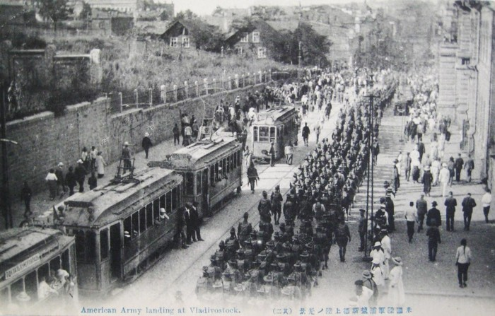 Марш канадского корпуса. /Фото: cdni.rbth.com