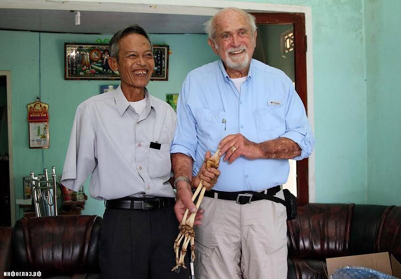 2d0a3619c98354735ffe40b4002f88e47f5d232d Американский врач вернул вьетнамцу его ампутированную полвека назад руку