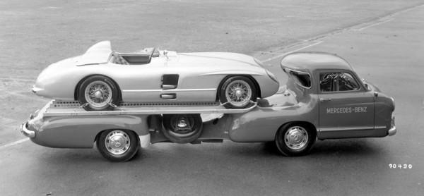 Mercedes-Benz Renntransporter Авто