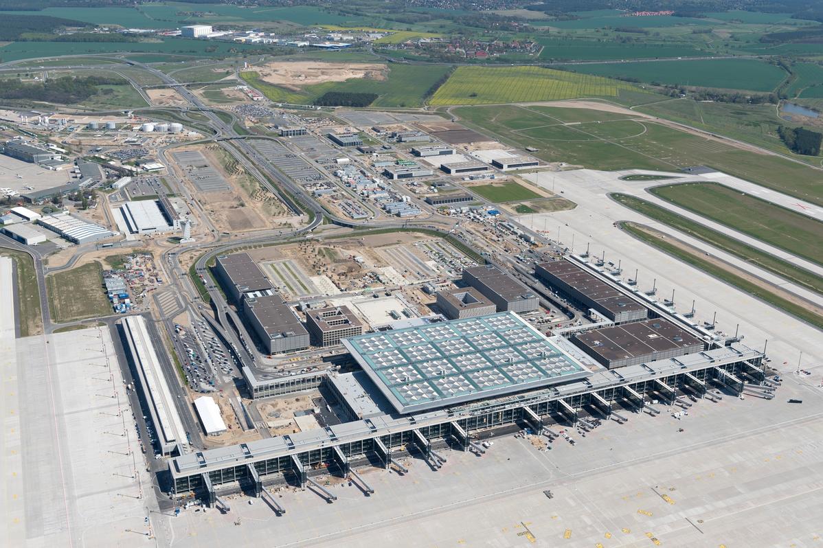 Распил по-немецки. Как в Берлине 14 лет аэропорт строили