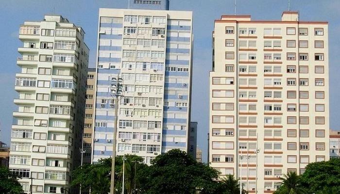 Как живут люди в домах, которые падают Бразилия,Сооружения