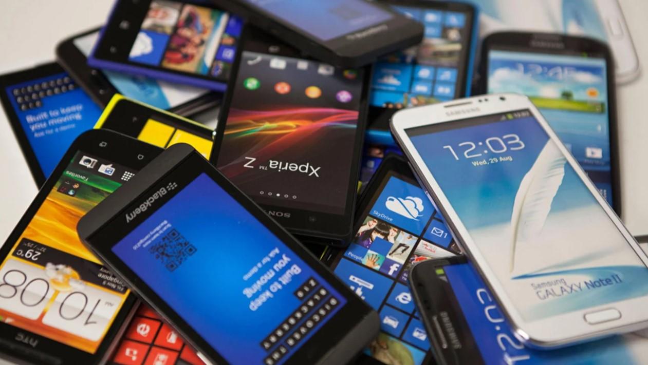 11 вариантов использования старого смартфона Технологии