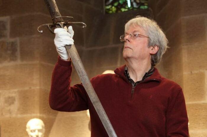 Сегодня меч выставлен на показ. ¦Фото: keywordbasket.com.