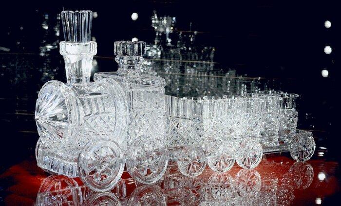 Один из собственников завода по изготовлению хрусталя в 19 веке предложил тому, кто решит проблему с девитрификацией стекла 1 миллион долларов / Фото: pixabay.com