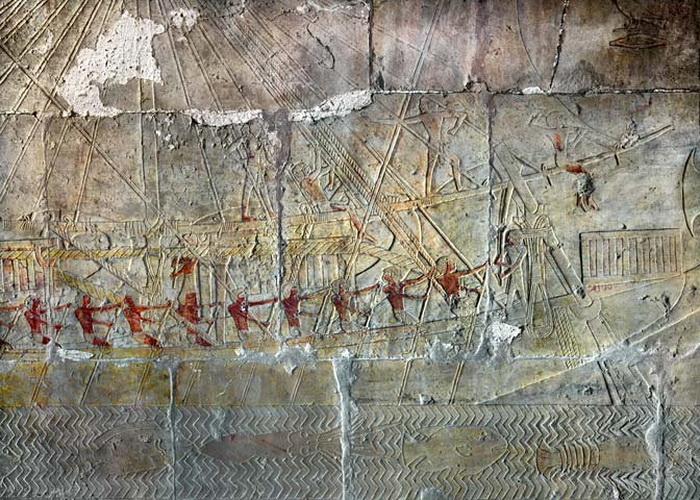 Корабли экспедиции в Пунт изображались на стенах храмов, в том числе храма фараона Сахуры в Абу-Сире