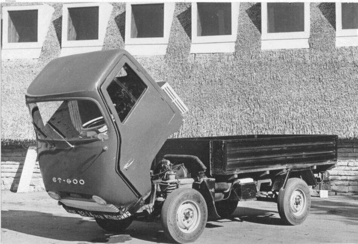 Конструкция грузовика была очень простой и доступной даже неопытному водителю / Фото: yandex.ua
