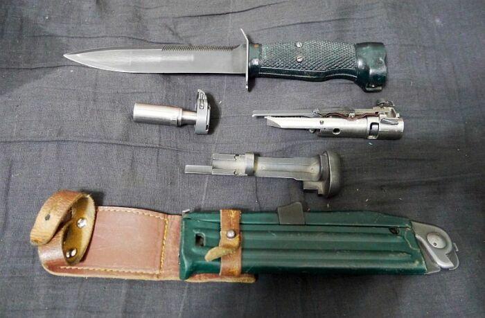 В ручке спрятан пистолет. /Фото: ru-guns.livejournal.com.