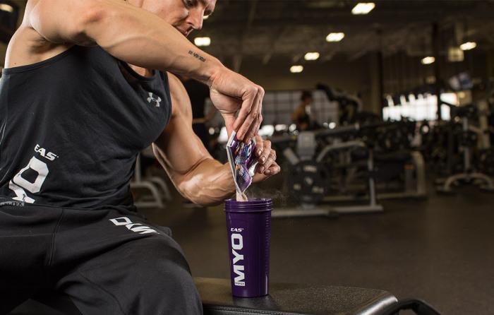 В арсенале современного спортсмена есть специальные напитки, обогащенные минералами, только их редко кто употребляет / Фото: imotion.com.ua