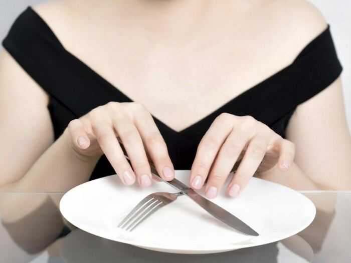 Еще один вариант завтрака для многих – это его отсутствие, что очень вредно / Фото: golos.ua