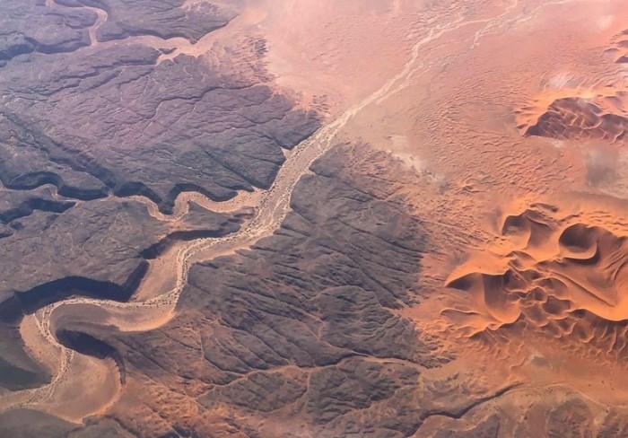 Когда-то на территории Сахары протекала огромная река, которая могла бы быть двенадцатой по величине на планете / Фото: travelask.ru