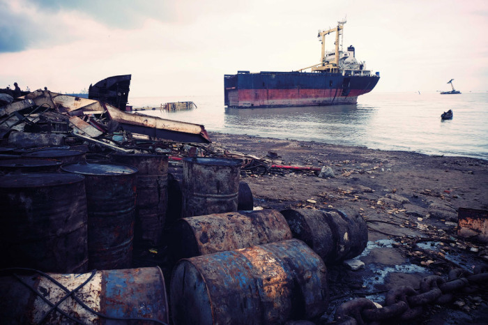 Корабли просто пускают на черный лом.  Фото: vsyako.net.