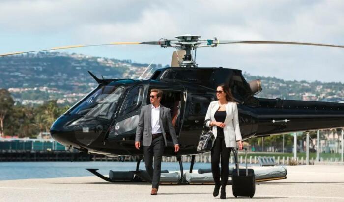 Облегченными версиями вертолетов на полозьях пользуются как авиатакси / Фото: fb.ru