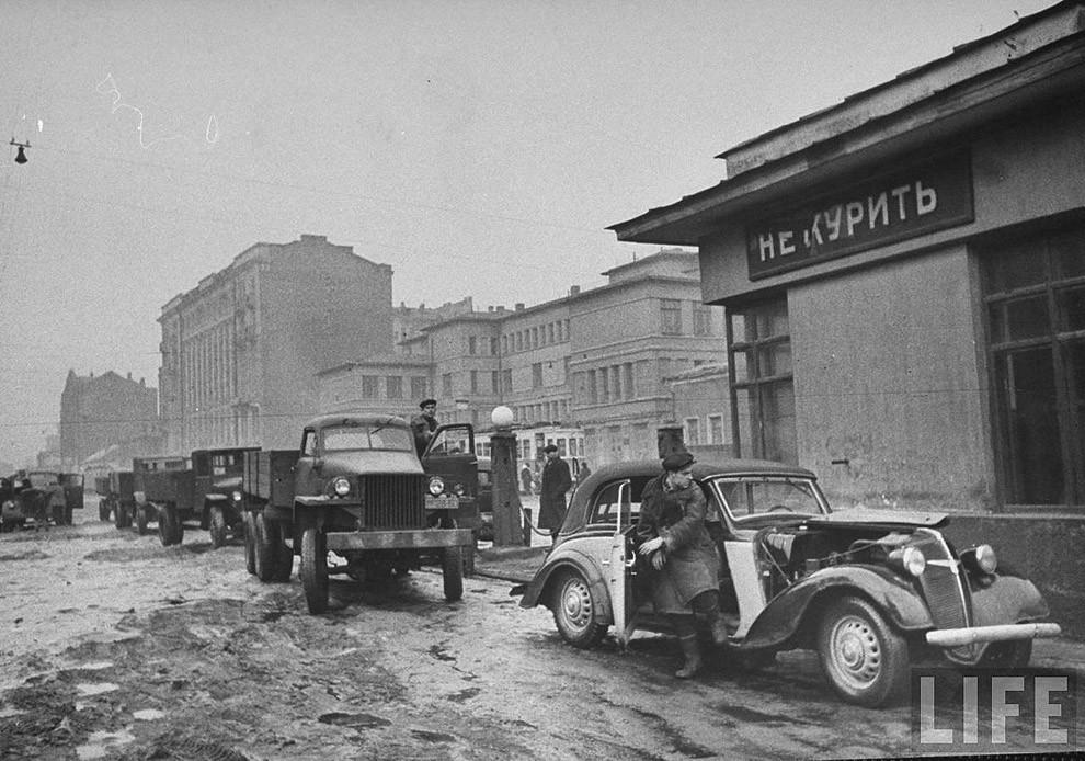 Бензоколонки в России СССР
