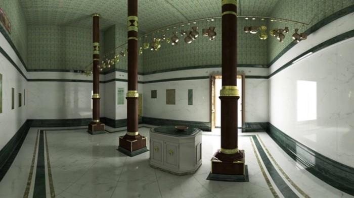 Внутри Каабы плиты, столик для масел, колонны и лестница. /Фото: tainy.net.